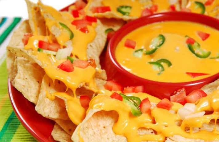 Cheesy Nachos Recipe in Hindi