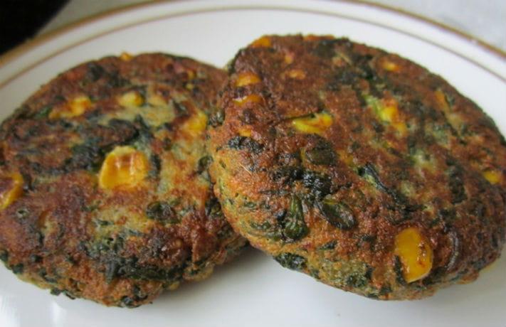 Corn Palak Ki Tikki Recipe in Hindi