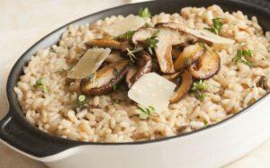 Mushroom Fried Rice Recipe in Hindi