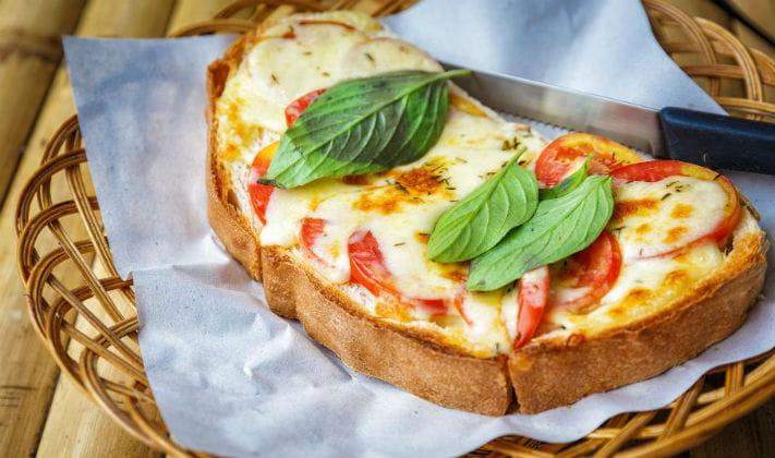 Mozzarella toast recipe indian recipes for Ricette on line