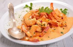 Prawn Coconut Curry Recipe in Hindi