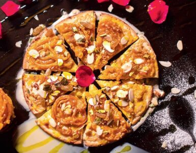 Jalebi And Rabri Pizza Recipe