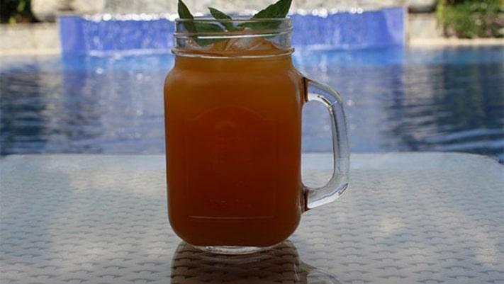 Fresh Mango and Basil Smoothie Recipe